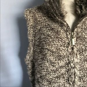 CHARTER CLUB Sweater Knit Vest with Fur Collar